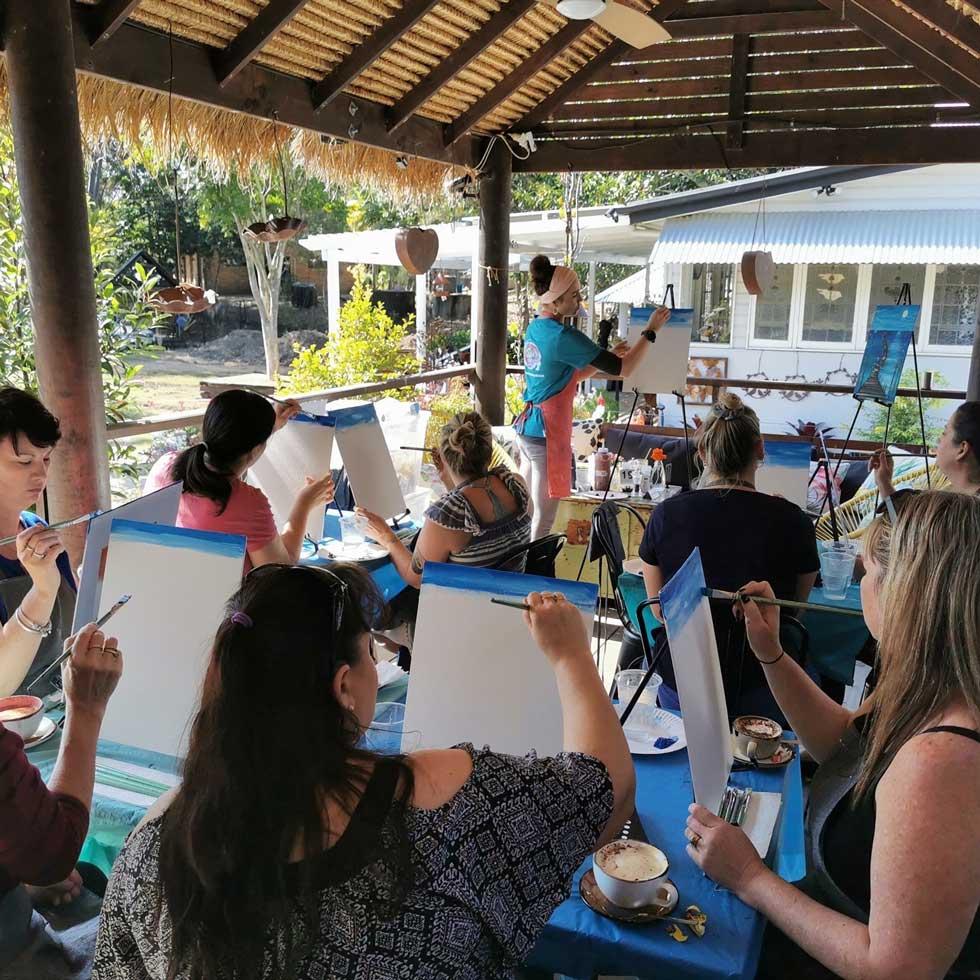 Art Class at Cafe Lagarto